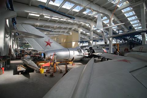 "MiG 15UTI "" 16 "" -3"