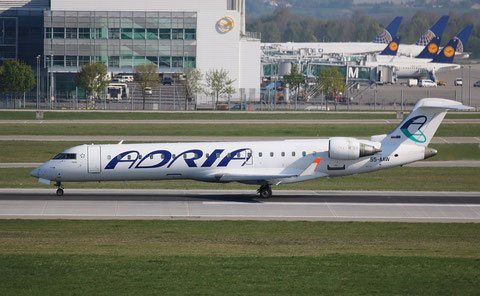 "CL-600-2D24 CRJ-900 "" S5-AAW "" Adria Airways -2"