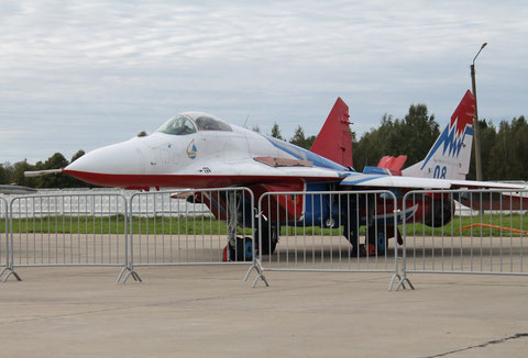 "MiG 29C  "" 08 "" "" Strishis "" Kubinka AFB / Russian Air Force -1"