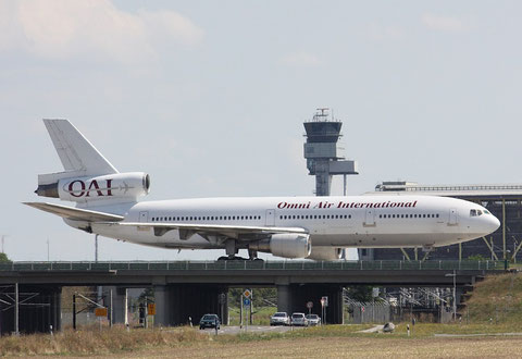 DC10 N108AX-2