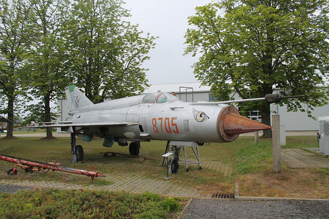 "MiG 21bis  "" 8705 ""  Polish Air Force -1"