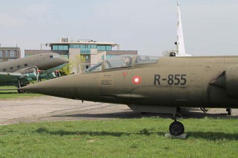 CF104 R-855-2