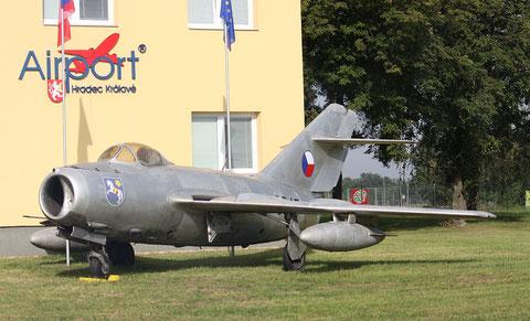 """MiG 15 / S 103bisSB """"3947"""" -5"""
