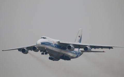 "An-124-100 "" RA-82043 "" Volga-Dnepr Airlines -3"