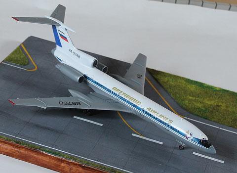 """TU 154M """" RA-85768 """"  Orenburg Airlines   Zvesda  1/144 -2"""