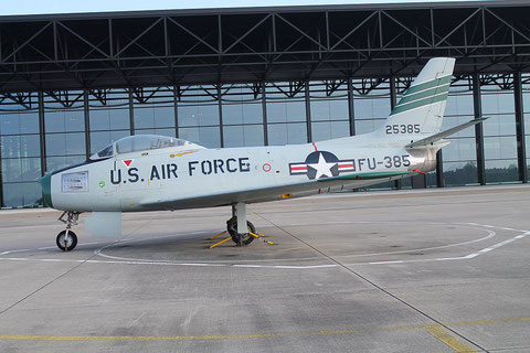 "F 86F Sabre "" FU-385 "" US Air Force -2"