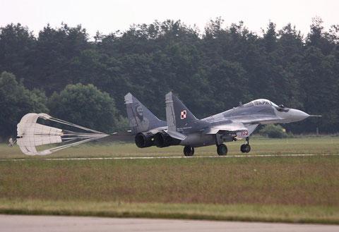 MiG29 105-6