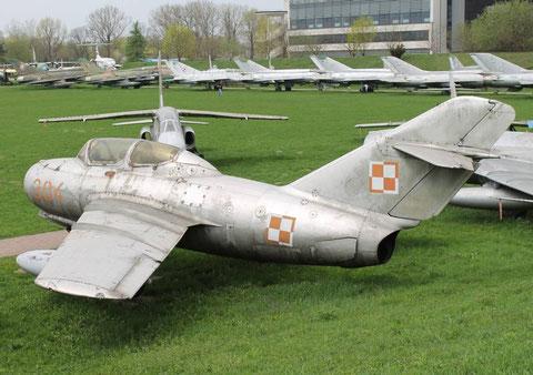 MiG15UTI 304-2