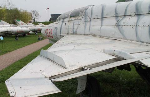 MiG21UM 9349-2