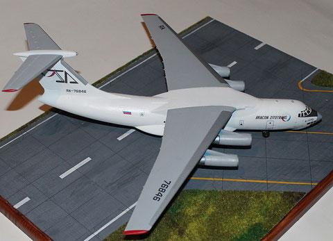 "IL 76TD "" RA-76846 "" Aviacon Zitotrans  Trumpeter  1/144-2"