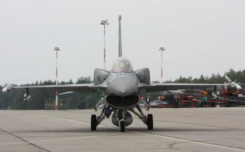 F16 4069-2