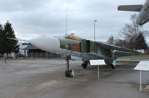 MiG23MF 586-2