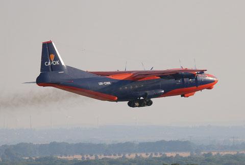"""AN 12BK  """" UR-CNN """"  CAVOK Airlines -6"""