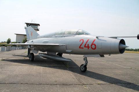 """MiG 21US """" 246 """" NVA -3"""
