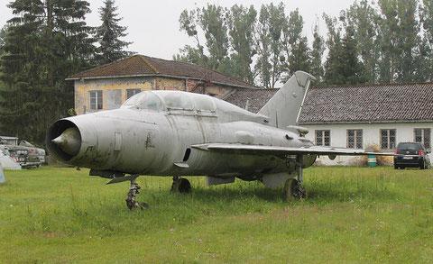 """MiG 21U-600 """" 292 """" NVA -2"""