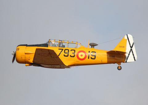 """T-6G Texan """" EC-DUN """"  Fundación Infante de Orleans -2"""