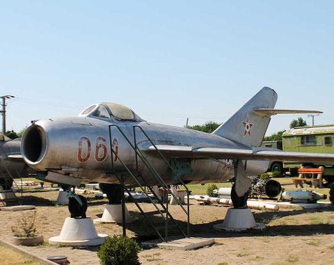 MiG15 061-3