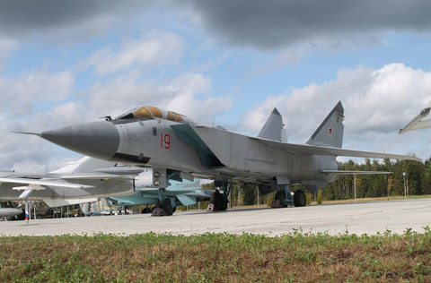 "MiG 31A "" 19 "" Russian Air Force -3"