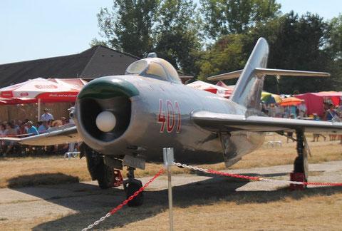 MiG17PF 401-2