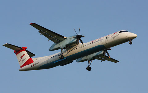 "Dash 8-402Q "" OE-LGA "" Austrian Arrows -1"