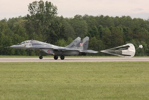 MiG29UB 42-5