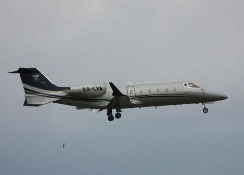 Learjet60 ES-LVA-2