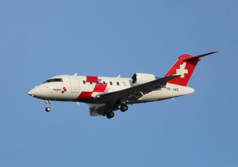 "CL-600-2B16 Challenger 604 "" HB-JWB "" REGA Swiss Air Ambulance -1"