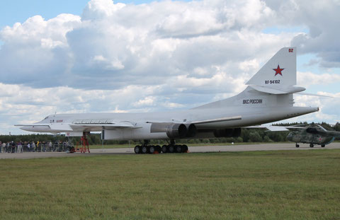 "TU 160 "" 02 "" RF-94102   Vasily Reshetnikov   Russian Air Force -1"