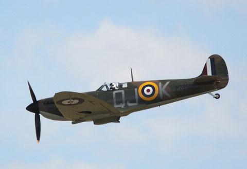 Spitfire P7350-3