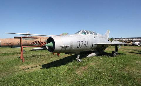 MiG21UM 3741-2