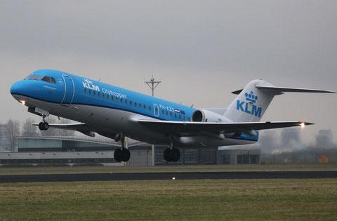 """Fokker F-70 """" PH-KZS """" KLM Cityhopper -1"""