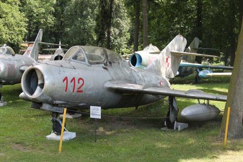 MiG15UTI 112-2