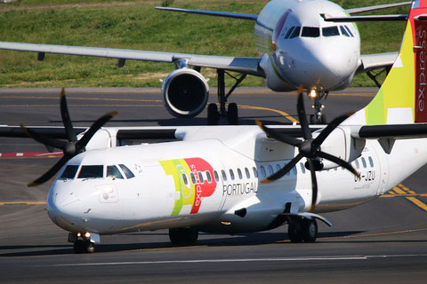 "ATR 72-212A (500) "" OY-JZU ""  TAP Express -4"
