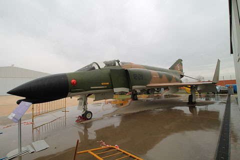 F4 12 29-1