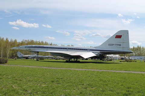 "TU 144 "" CCCP-77110 "" -1"