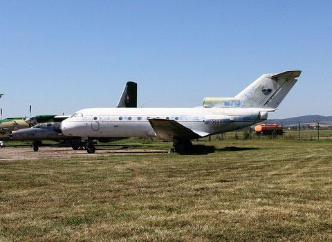 "JAK 40  "" 0823 ""  Slovak Air Force -1"