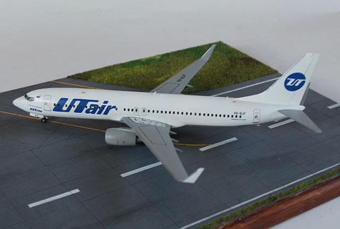 """B 737-800  """" VQ-BJF """"  UTair   Zvesda  1/144 -5"""