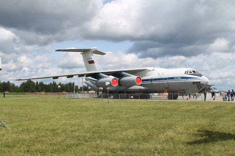 "IL 76MD "" RA-76743 "" Russian Air Force -4"