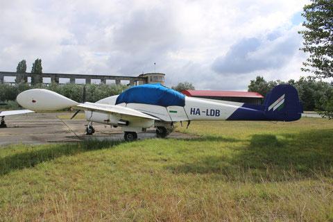 """L 200D Morava """" HA-LDB """" -3"""