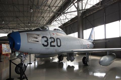 "F 86 Sabre  "" 5320 ""  Portugal Air Force -1"