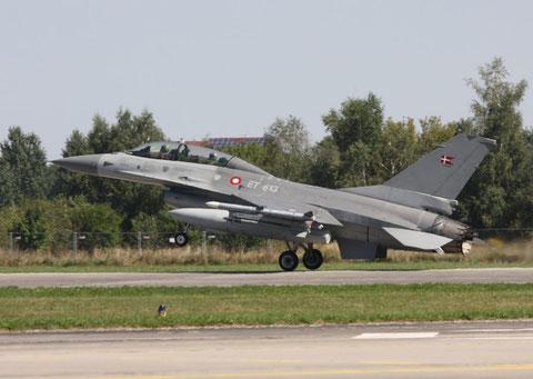 F16 ET 613-2