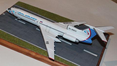 "TU-154M "" RA-85833 ""  Ural Airlines  Zvesda 1/144 -3"