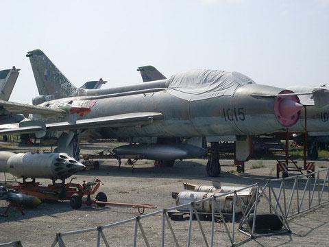 """SU 7UM """" 1015 """" Czech Air Force -1"""