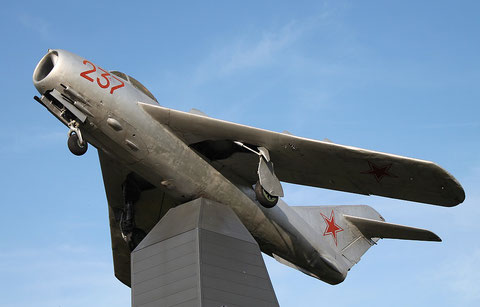 "MiG 17  "" 237 ""  Russian Air Force -2"