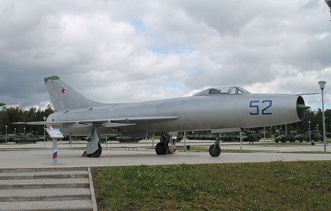 "SU 9  "" 52 ""  Russian Air Force -3"