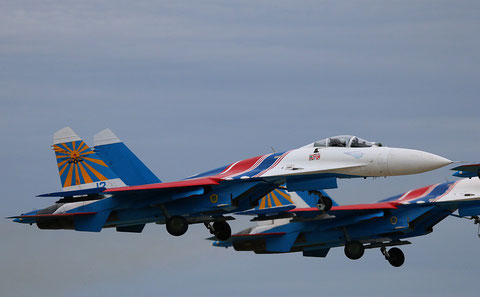 "SU 27P  "" 12 ""  Russian Knights / Russian Air Force -1"