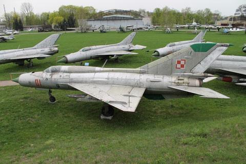 MiG21PFM 01-1