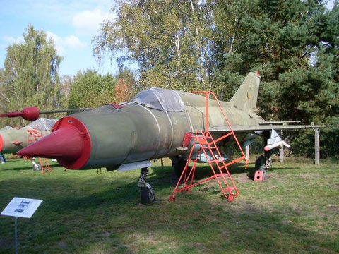 MiG21 981-2