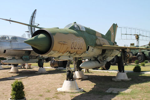 "MiG 21MF "" 8202 ""  Hungarian Air Force -2"