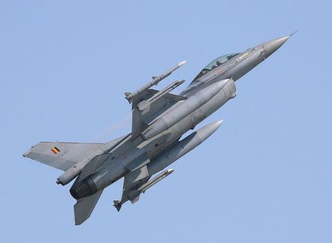 F16 FA-107-1